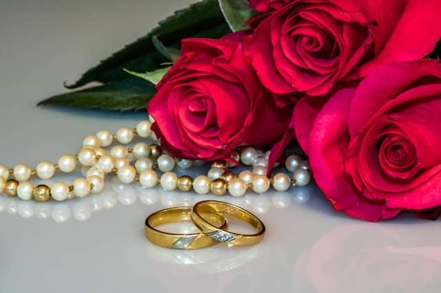 5 Alternative Engagement Ring Stones You Should Choose & 3 You Shouldn't