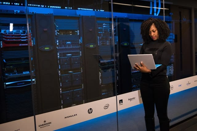 Do Not Forget These Aspects While Choosing Your Data Center Provider